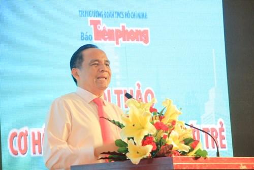 Đồng tình với quan điểm của nhà báo Lê Xuân Sơn, ông Lê Hoàng Châu, Chủ tịch Hiệp Hội Bất động sản TPHCM cho rằng thách thức lớn nhất của thị trường bất động sản hiện nay chính là việc gia tăng nhu cầu nhà ở của giới trẻ, những người có thu nhập thấp. Ở Việt Nam, giới trẻ có độ tuổi từ 25 -35 có nhu cầu nhà ở rất cao. Mỗi năm tại TPHCM có hơn 50.000 cặp kết hôn mới nên nhu cầu cần nhà rất cao nhưng để sở hữu được căn nhà, căn hộ giá tầm trung thì rất khó khăn đối với những cặp đôi trẻ này.