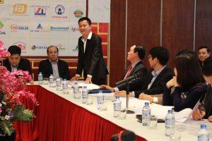 Ông Trần Đình Quý phát biểu trong một hội nghị