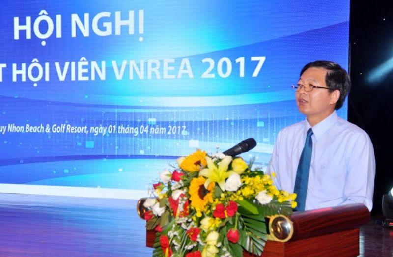 Chủ tịch UBND tỉnh Bình Định Hồ Quốc Dũng phát biểu tại Hội nghị.